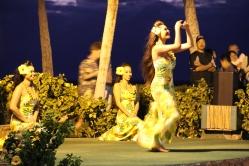 Hula Hoola Show hawaii